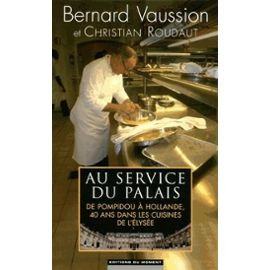 au-service-du-palais-de-bernard-vaussion-987951142_ML